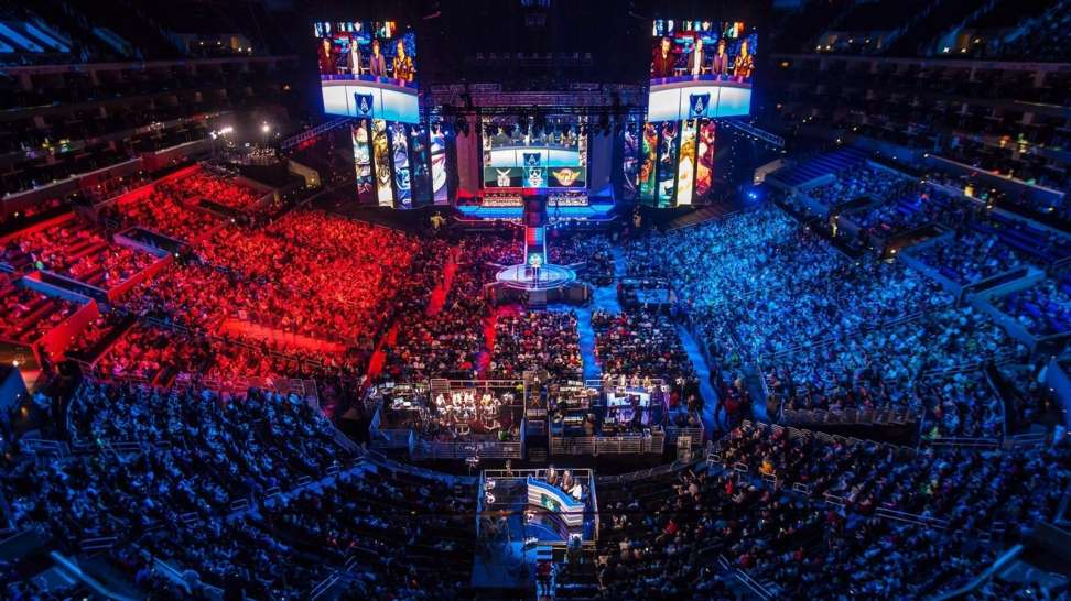 Full venue for a League of Legends event